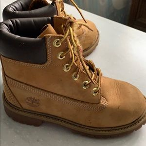 Timberland boys size13 boot preowned